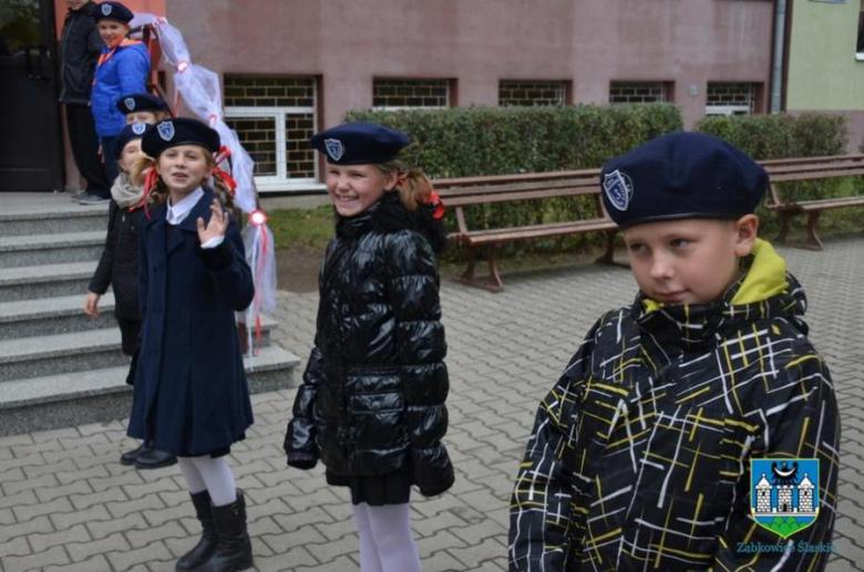 56118beaf4 Uroczysta akademia z okazji 50-lecia Szkoły Podstawowej im. Mikołaja  Kopernika w Ząbkowicach Śląskich
